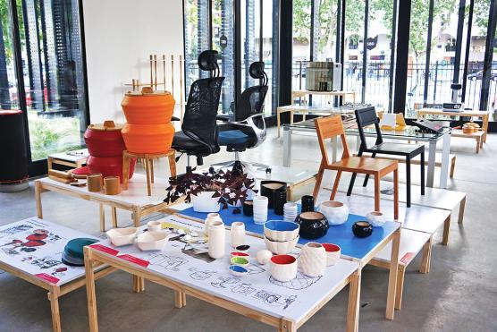 Sauret: «En Argentina, aún falta ampliar la mirada sobre el diseño y pensar en vectores más abarcativos y transformadores, no solo tangibles sino también intangibles»